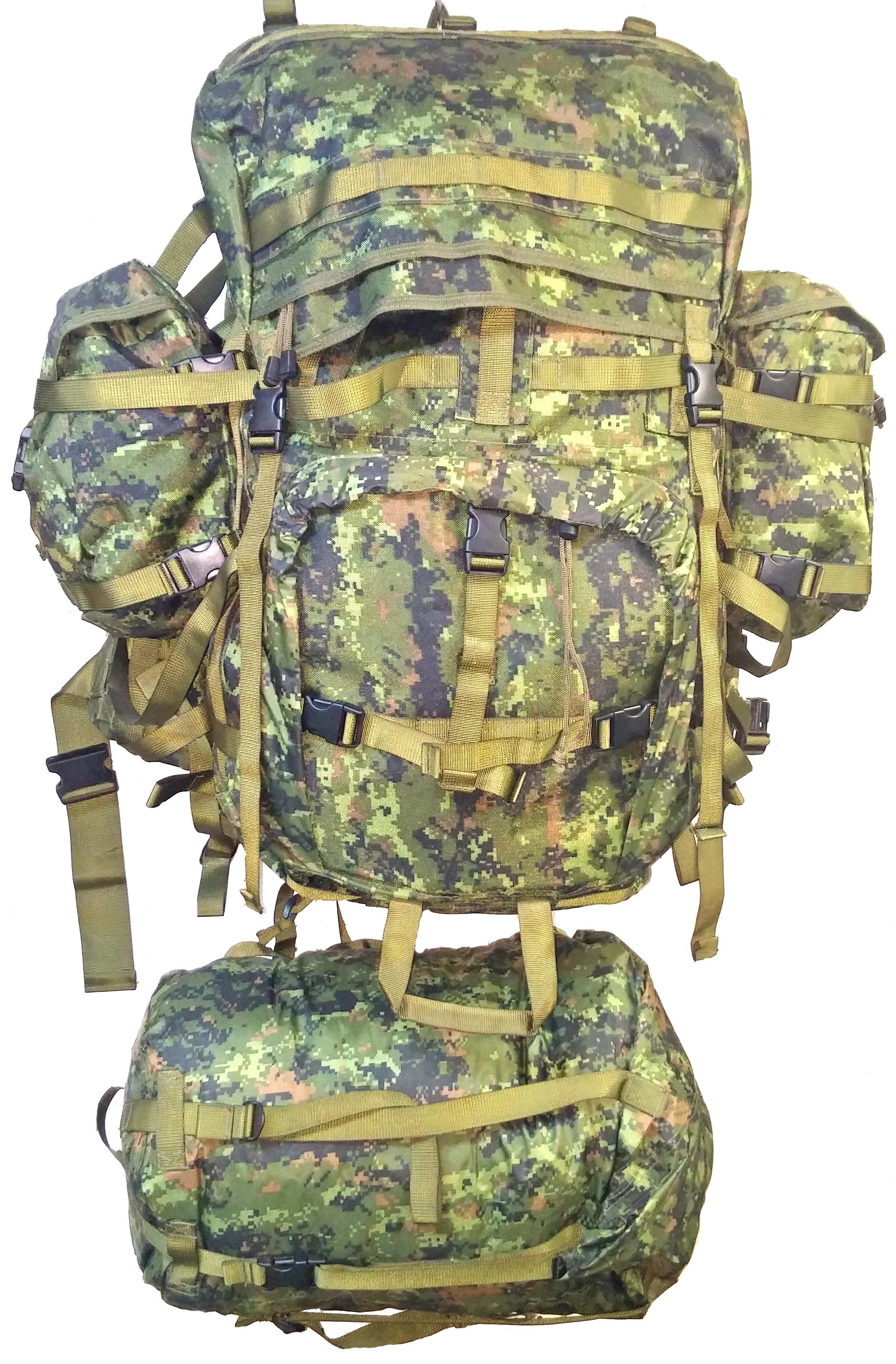 SGS Canadian forces digital cargo racksack