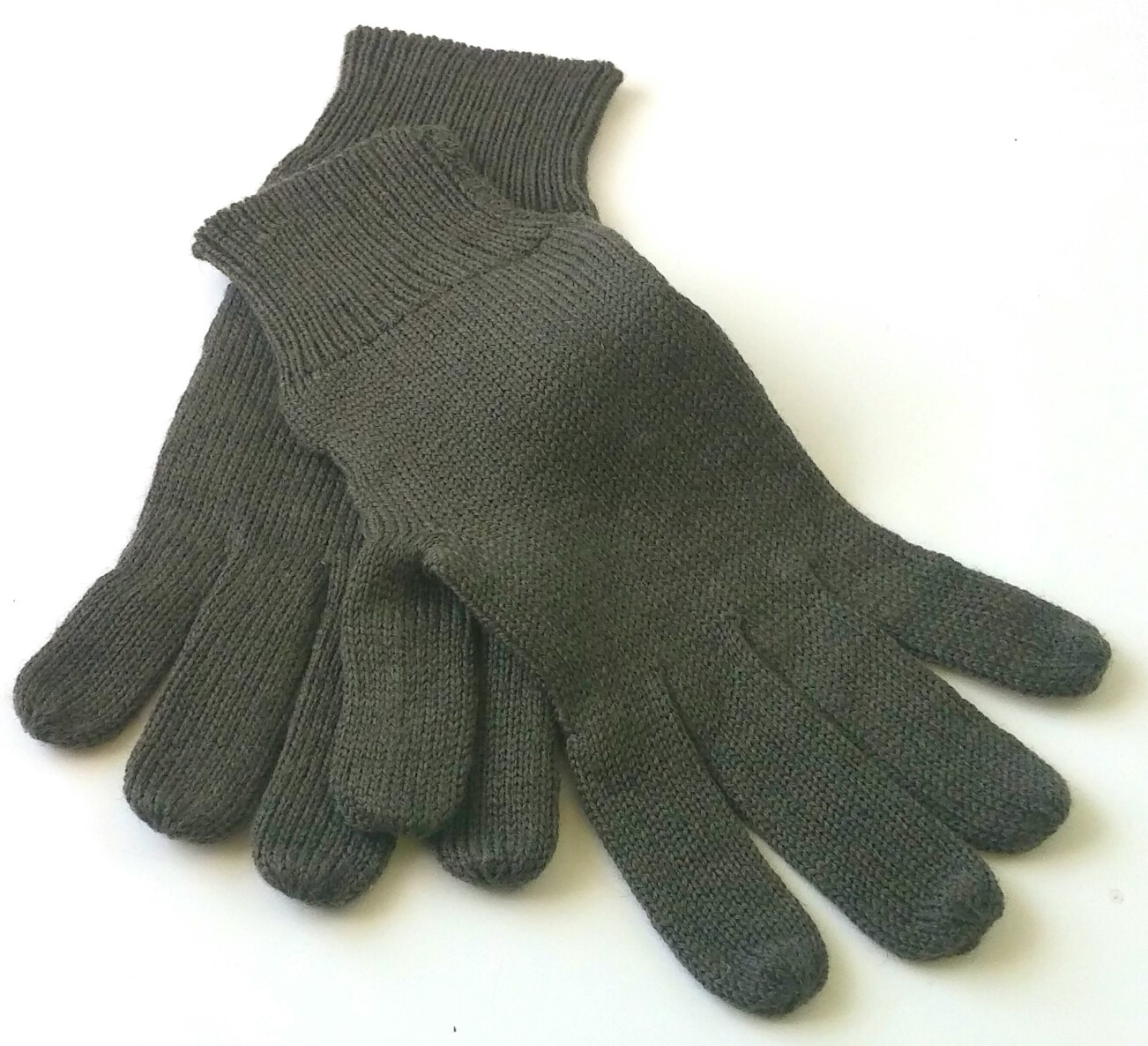 German wool gloves
