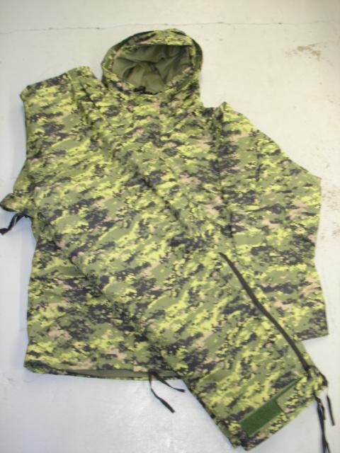 Canadian digital breathtex suit (GORETEX)