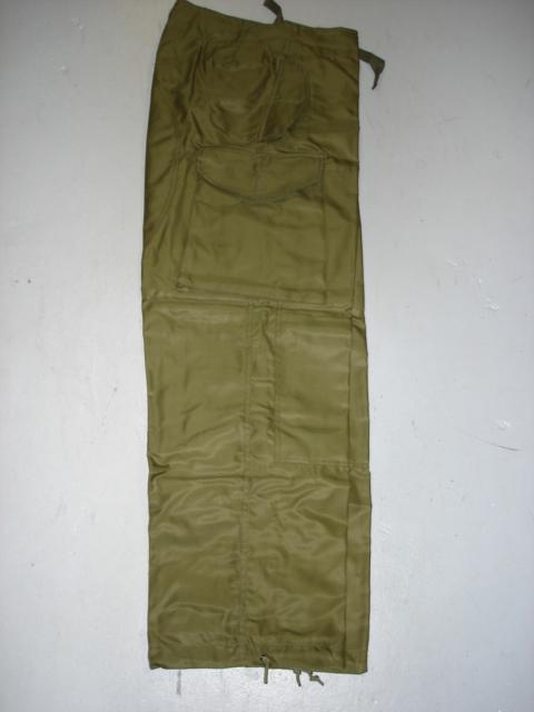 Pantalon coupe-vent armée canadienne