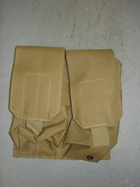 """Tan magazine pouch """"MOLLE"""" system"""