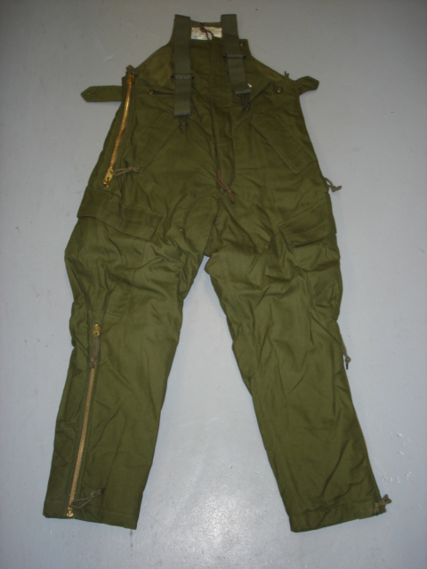 Small cold weather AFV crew overall / New