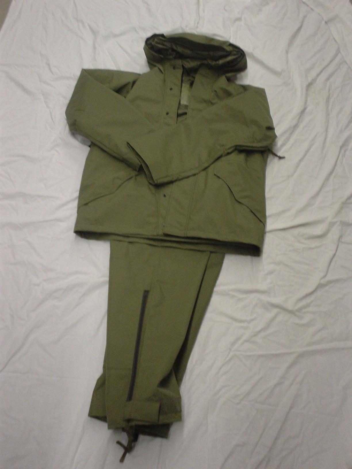 Olive drab breathtex combat suit (GORETEX)