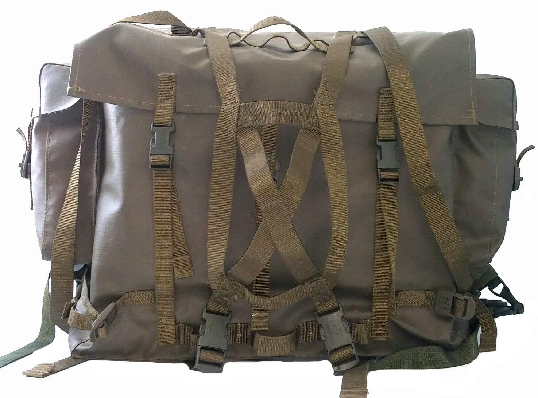 Swiss waterproof backpack with suspenders