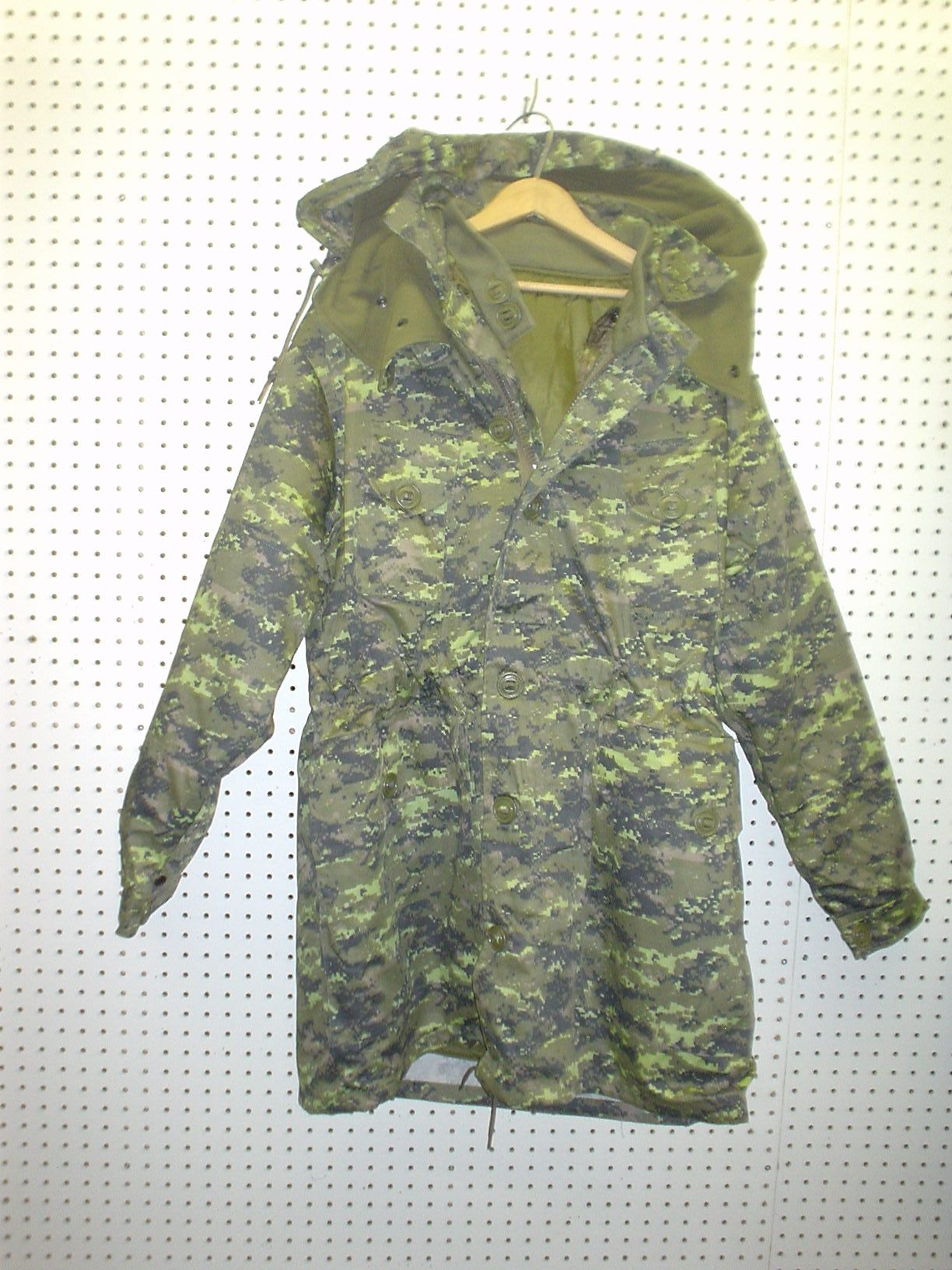 Manteau de style militaire digital Canadien