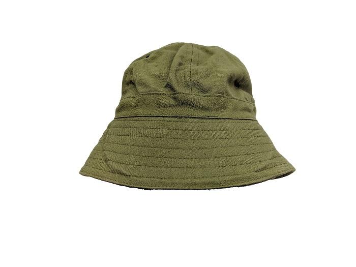 Canadian bonnie hat