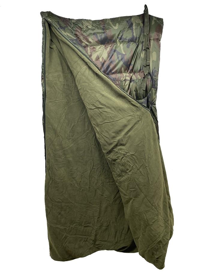 Combo sac de couchage camo vert et couverture de polar kaki